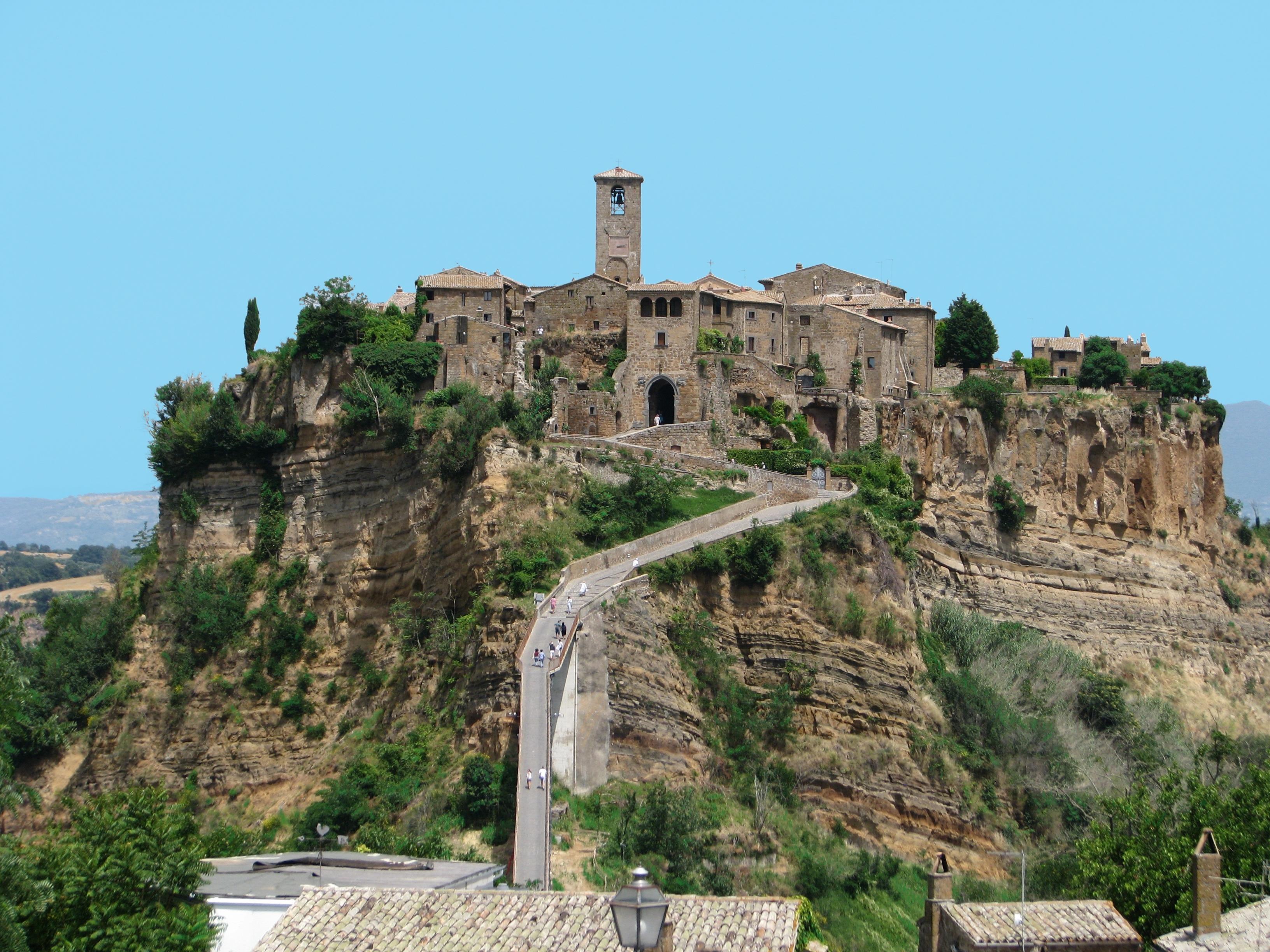 Civita Di Bagnoregio The Dying City La Ciociara